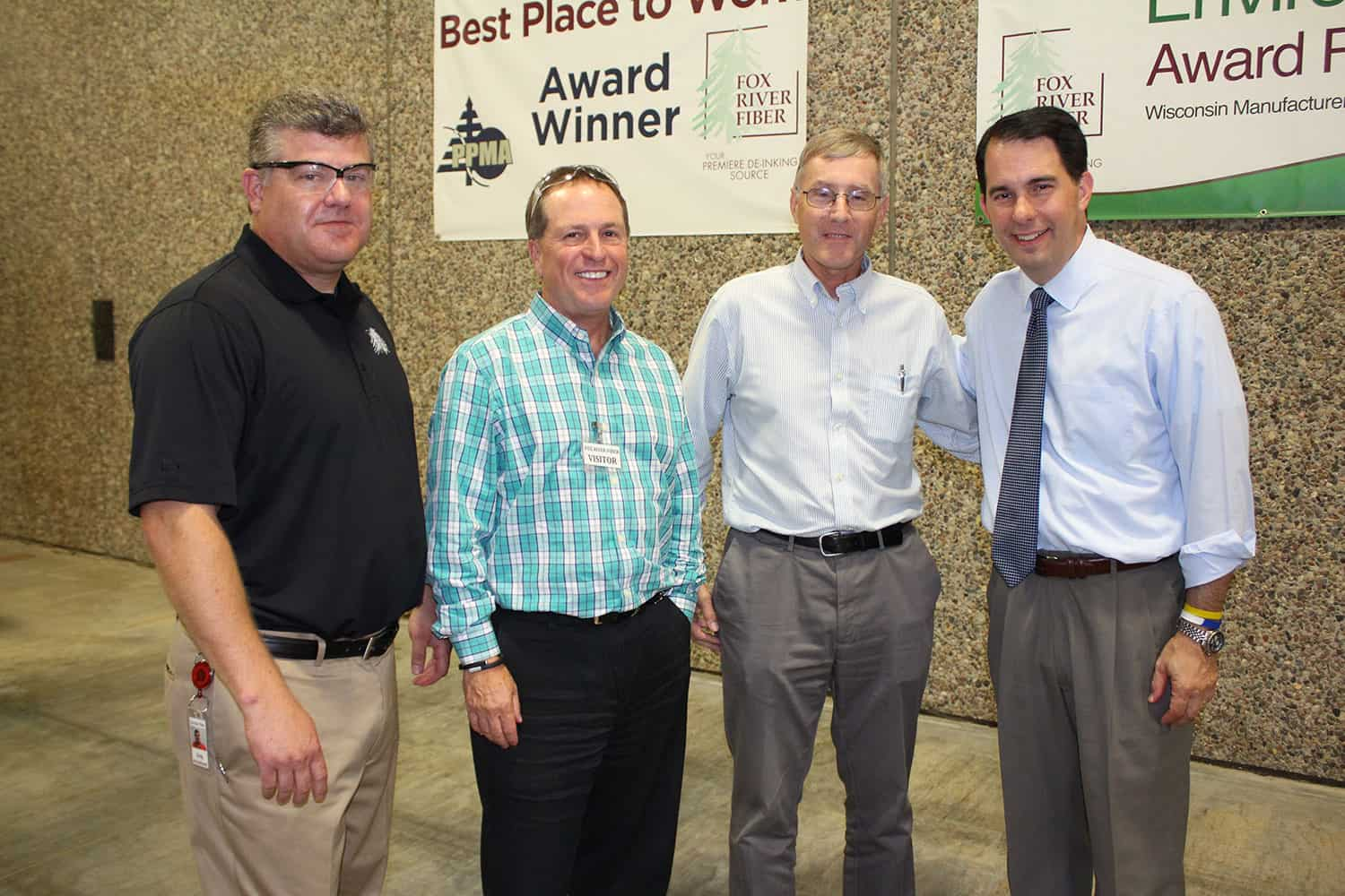 Governor Compliments De Pere Company's Focus on Environmental Sustainability and Job Growth During Campaign Stop