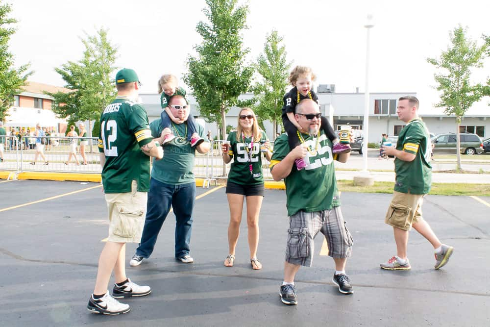 Plan a Game Day Tailgate Party For Your Company
