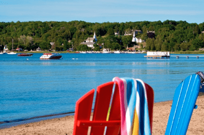 Make Bay Breeze Resort Your Waterfront Resort in Door County
