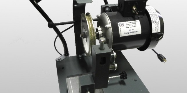 AV-56 blade sharpening machine