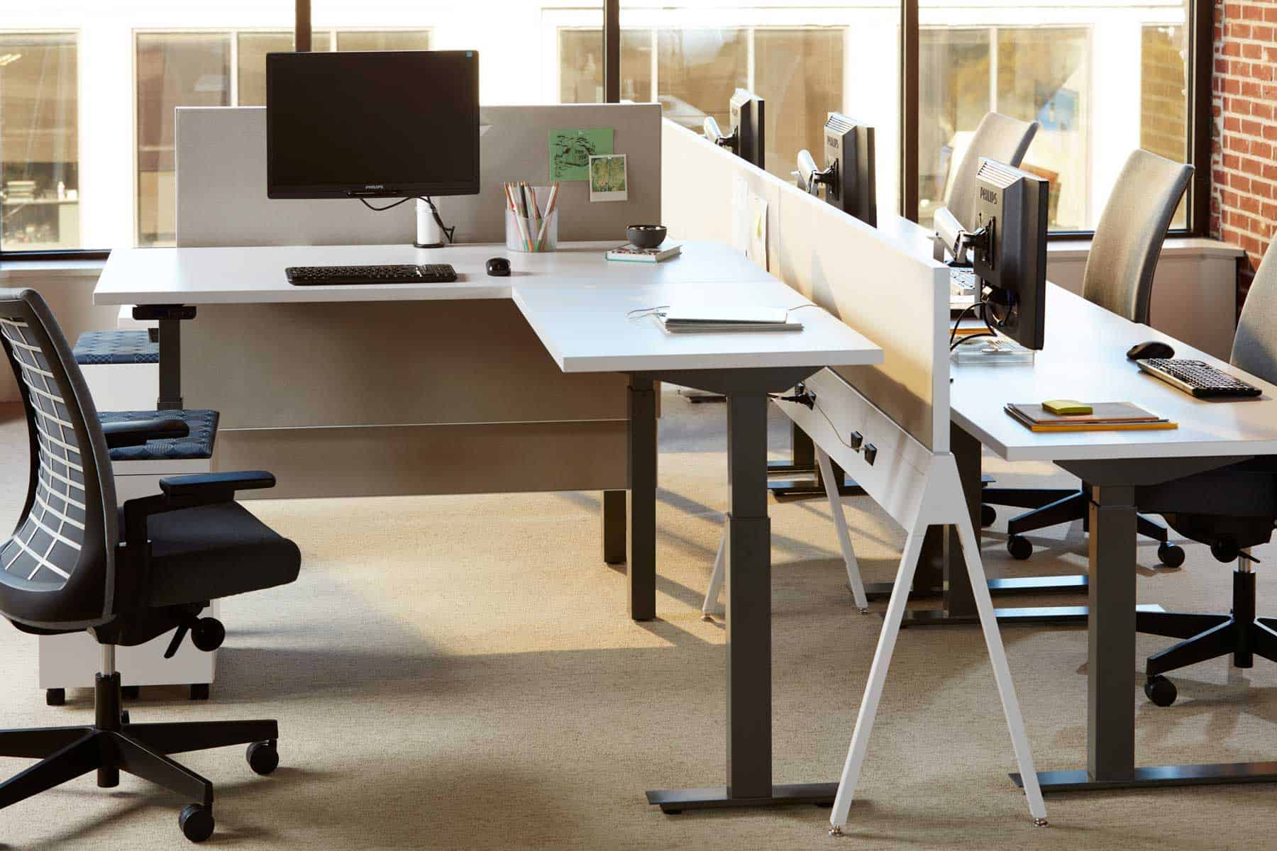 Stand-up Workstations Improve Employee Satisfaction