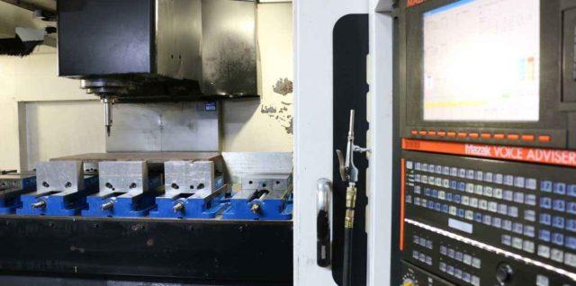 Titletown Manufacturing Vertical Milling Machine