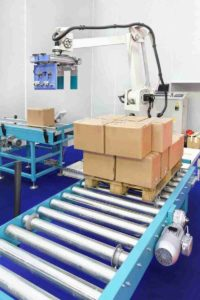 Palletizing equipment offers case and pattern flexibility