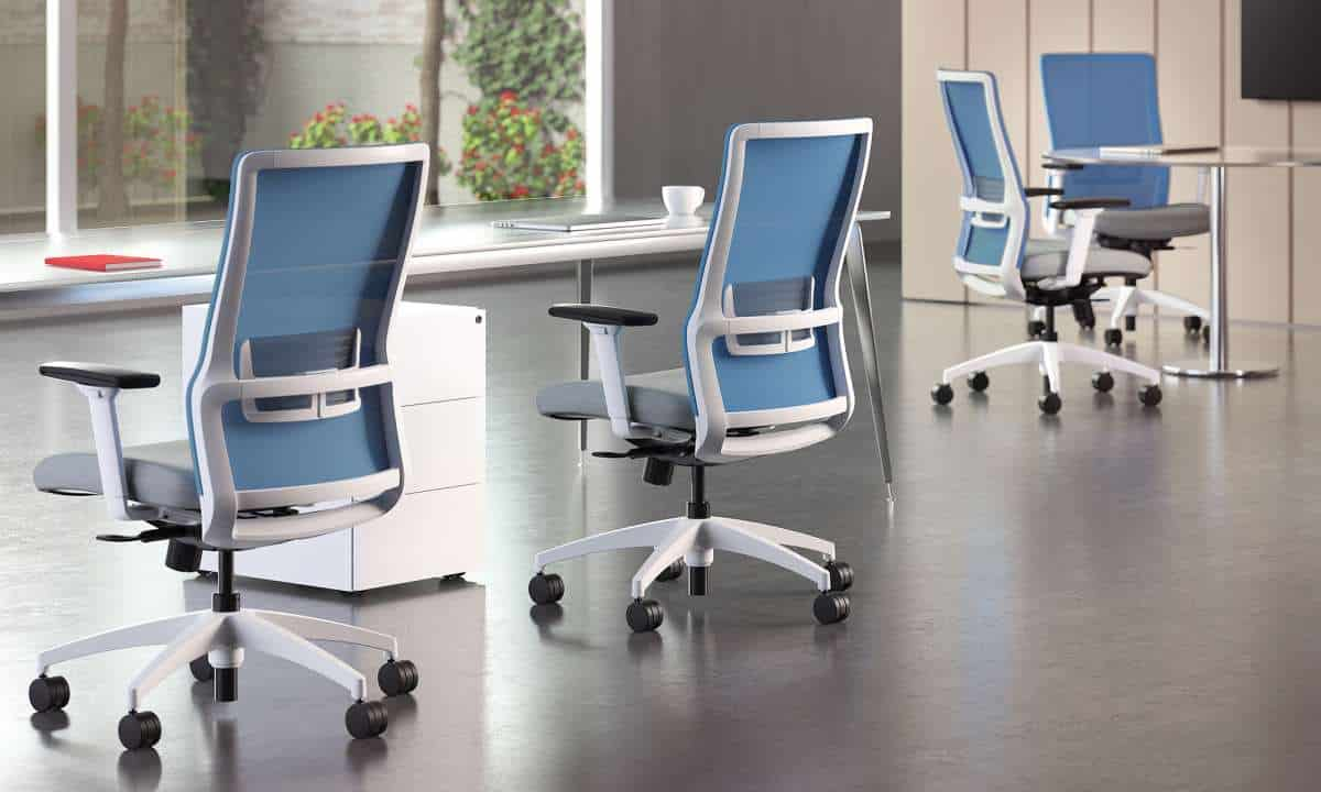 Choosing a chair for comfort and adjustability