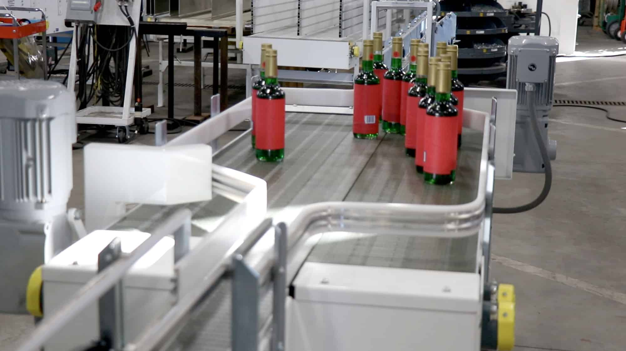 You are currently viewing Accumulating conveyors keep products flowing at an even rate